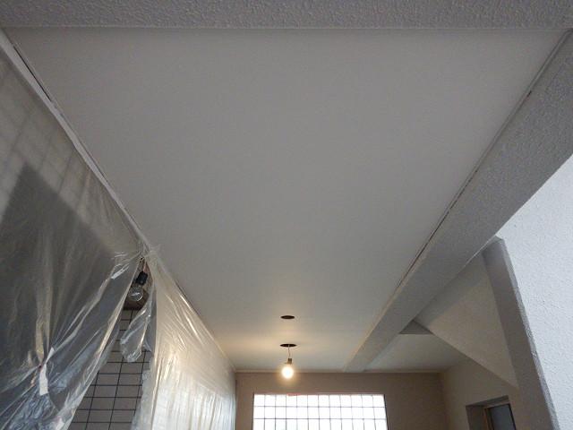 6.EV前天井塗装