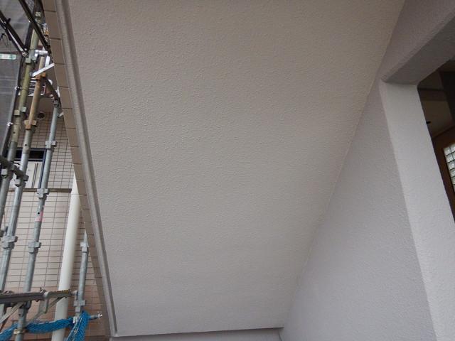 8.階段まわり軒天塗装
